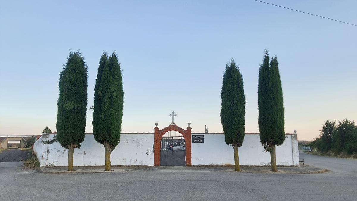 Cementerio de Villadangos del Páramo (León)