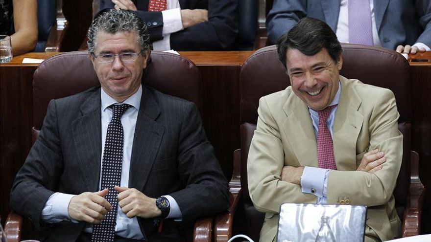 Granados y Gonález durante una sesión de la Asamblea de Madrid.