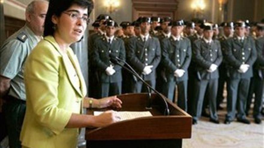 Carolina Darias, en un acto con la Guardia Civil, en una fotografía de archivo.