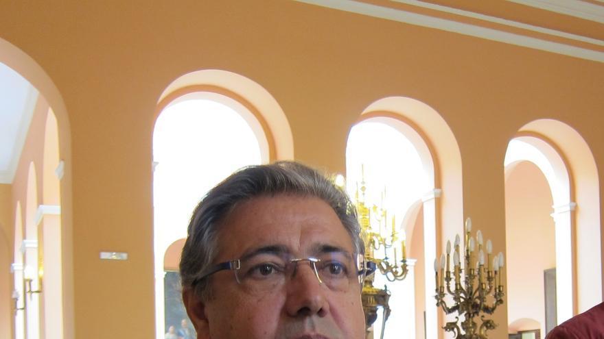 """Zoido afirma que """"no es momento"""" de decir quién será el candidato de PP-A a la Junta y rechaza """"polémicas"""""""