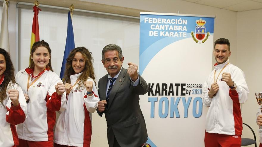 Revilla se suma a la campaña para que el Kárate sean deporte olímpico en Tokio 2020