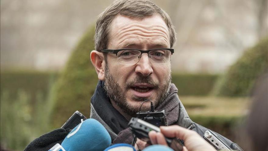 La Fiscalía archiva la denuncia de SOS Racismo contra el alcalde de Vitoria