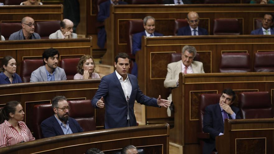 Rivera invita al Gobierno a tomar la iniciativa para que el Congreso vote el rechazo al referéndum antes del 1-O