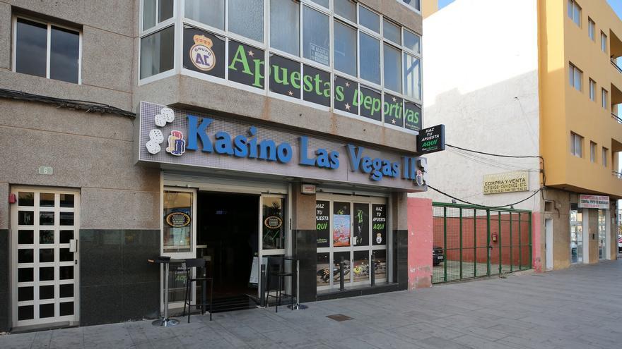 Casino y apuestas deportivas en la barriada de Yeoward.