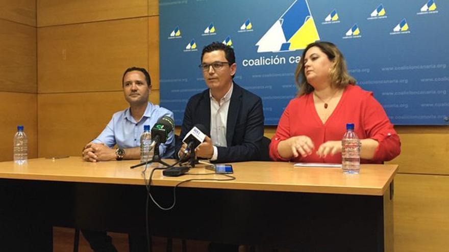 Gustavo Viera, Pablo Rodríguez y Beatriz Calzada