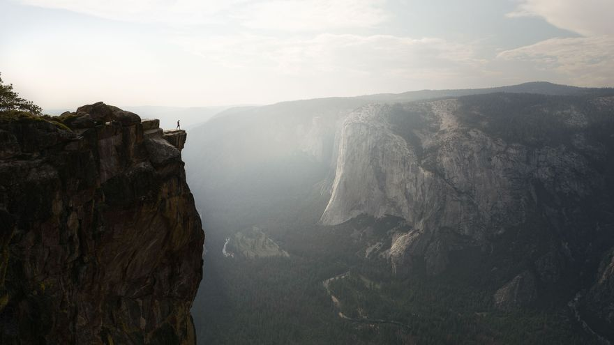 Junto al abismo. Panorámica en el Parque Nacional Yosemite. Dan zafra