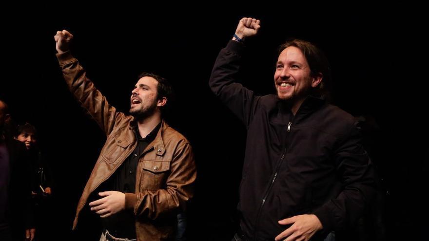 Alberto Garzón y Pablo Iglesias, en la Sala Mirador de Madrid.