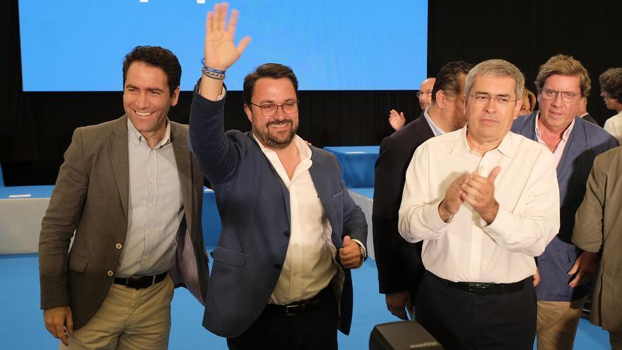 García Egea y Antona, junto a Marco Aurelio Pérez en el acto del PP celebrado en Infecar