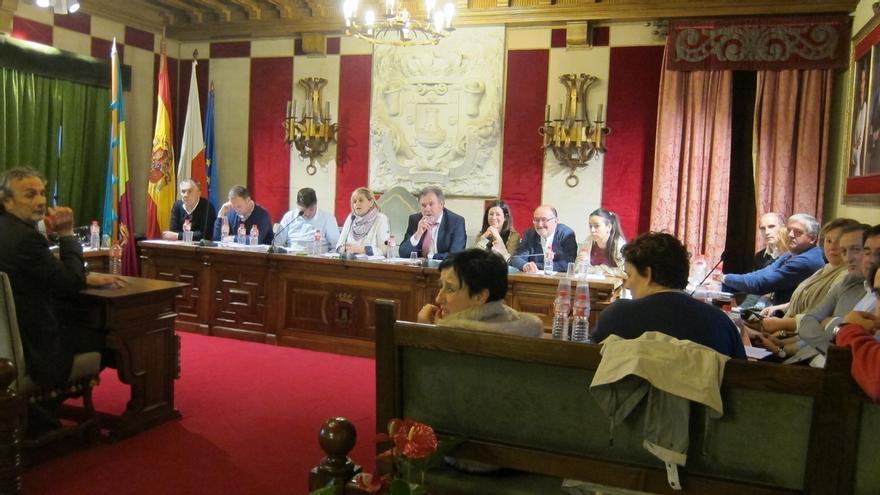 El Pleno debate este lunes sobre Oferta de Empleo Público y convenio con Educación para las becas de libros