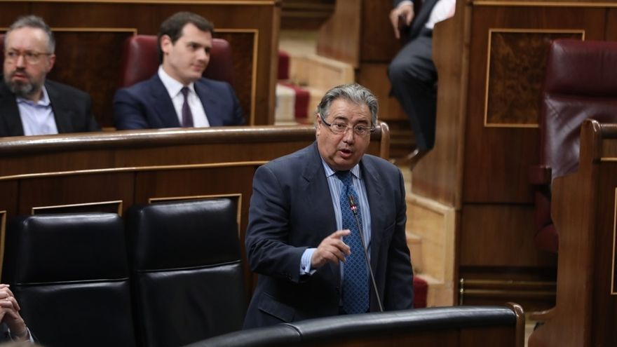 Cruce de cartas entre la presidenta de andaluc a y el for Zoido ministro del interior
