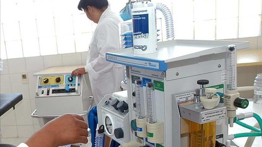 El 60 por ciento de enfermeros cree que ha empeorado la atención al enfermo en el último año