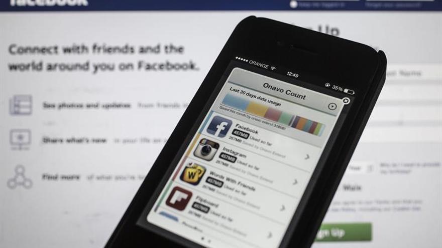 Facebook retira cientos de páginas y perfiles a un mes de las elecciones en EE.UU.