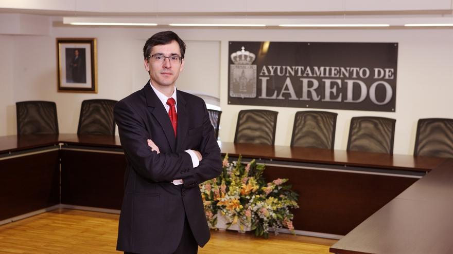 El alcalde defiende su actuación frente a las críticas de los comerciantes