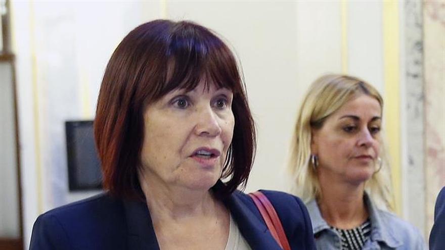 Micaela Navarro discrepa con fecha del congreso PSOE pero acatará la decisión