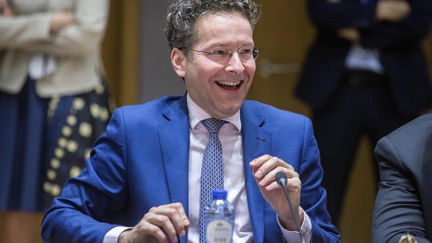 Dijsselbloem deja en manos del Eurogrupo apurar su mandato si no es ministro