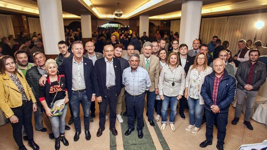 """Mazón pide a los jóvenes y a los cántabros que votaron a otros partidos que """"se lo piensen"""""""