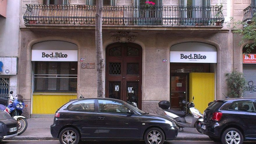 Un alberg al carrer Diputació