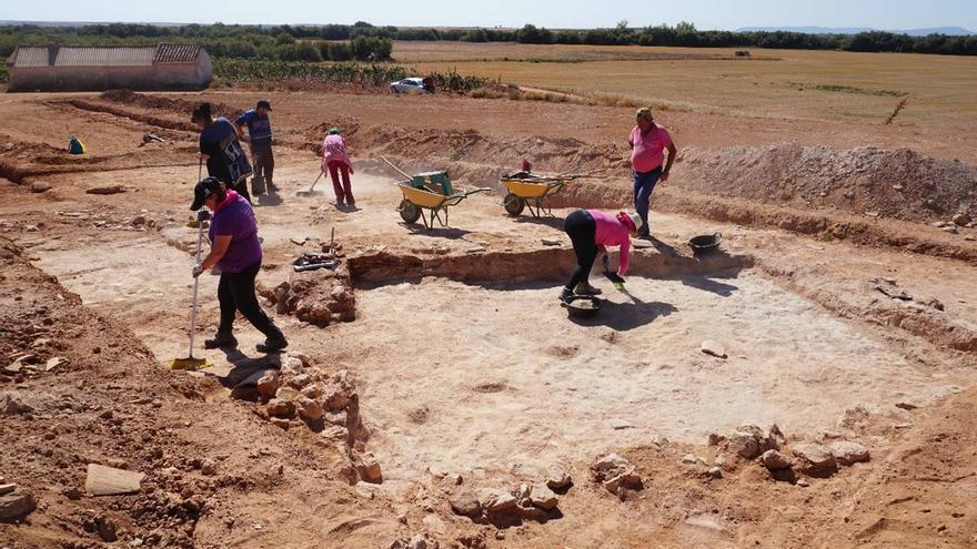 Primera excavación arqueológica de la villa romana del Cerro Molino II de Quero / Imagen cedida por el director de la excavación, Miguel Ángel Valero