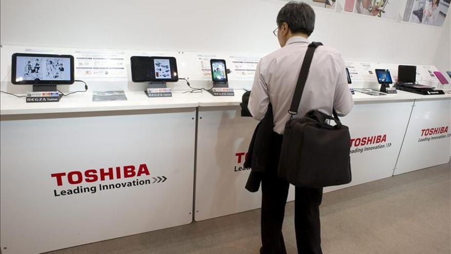 Unos 50 accionistas de Toshiba pedirán una indemnización de 2,3 millones de euros