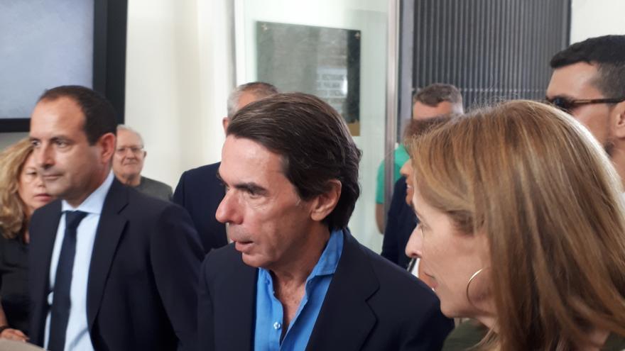 Aznar, a su llegada al Rectorado de la Universidad de Málaga | N.C.