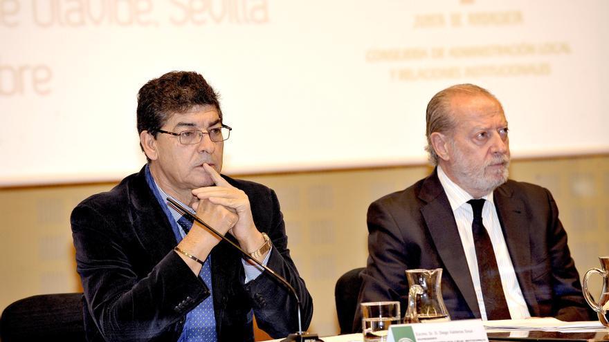 """Junta andaluza, preocupada por una reforma local que supone una """"demolición"""" y que afectará a normas de la comunidad"""