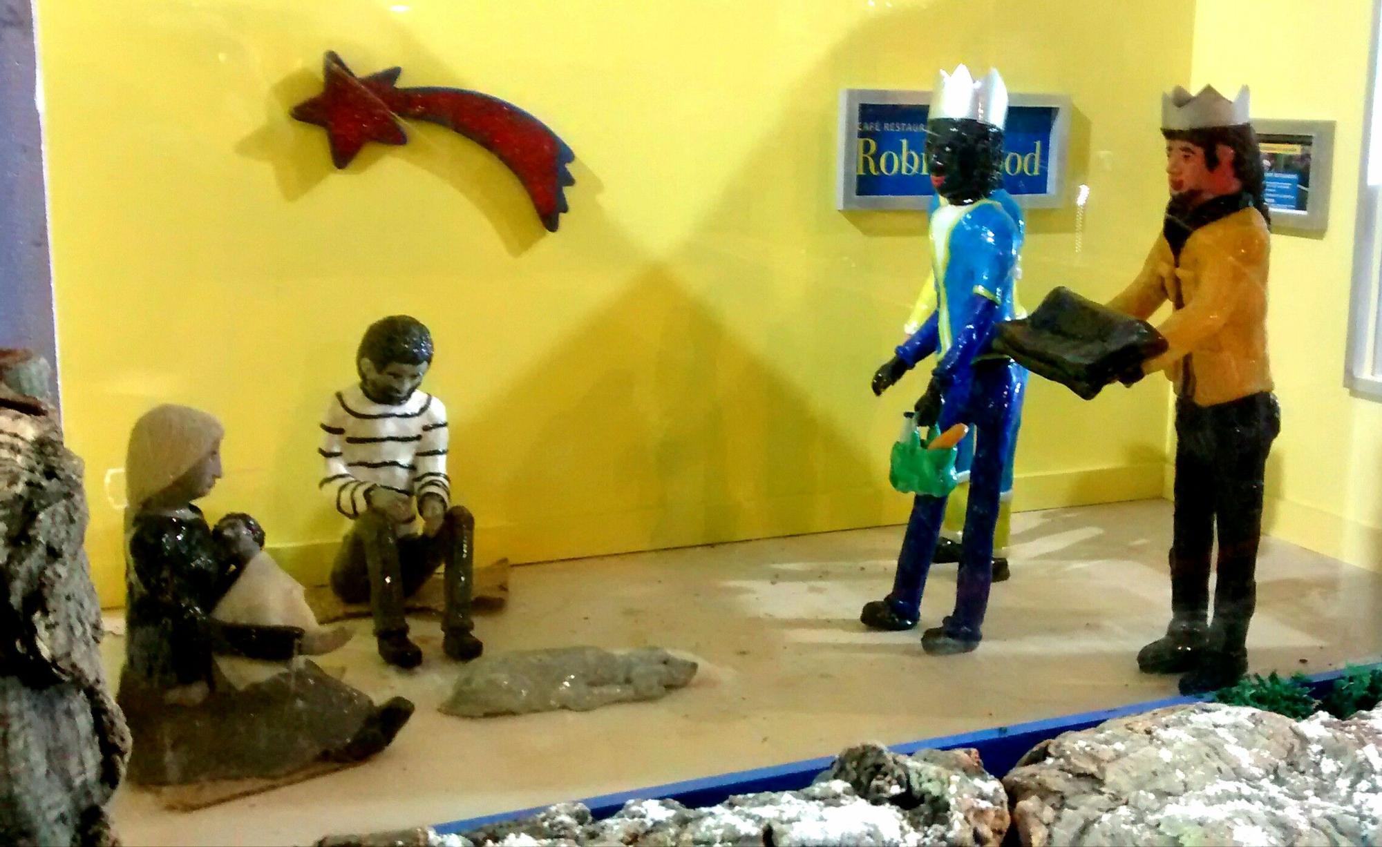 Familia de refugiados en el belén de San Antón | SOMOS MALASAÑA