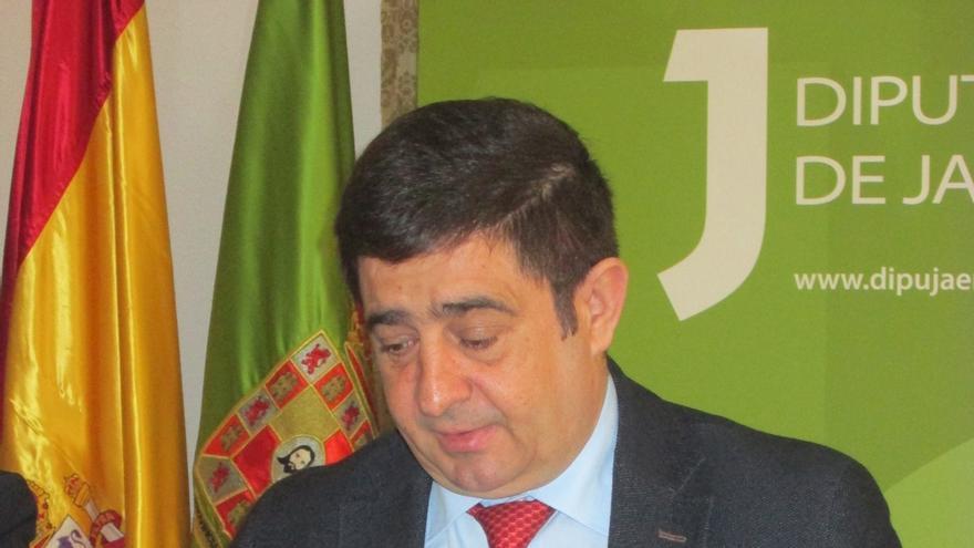 Llega el millón de mascarillas compradas por diputaciones andaluzas