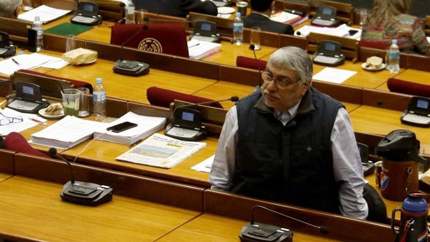 Lugo internado en un hospital tras sentir molestias durante una sesión en el Senado