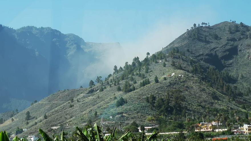 Polvareda del desplome registrado este miércoles en Las Cancelitas.