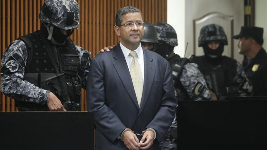 Expresidente salvadoreño afronta una audiencia por adueñarse de donativos de Taiwán