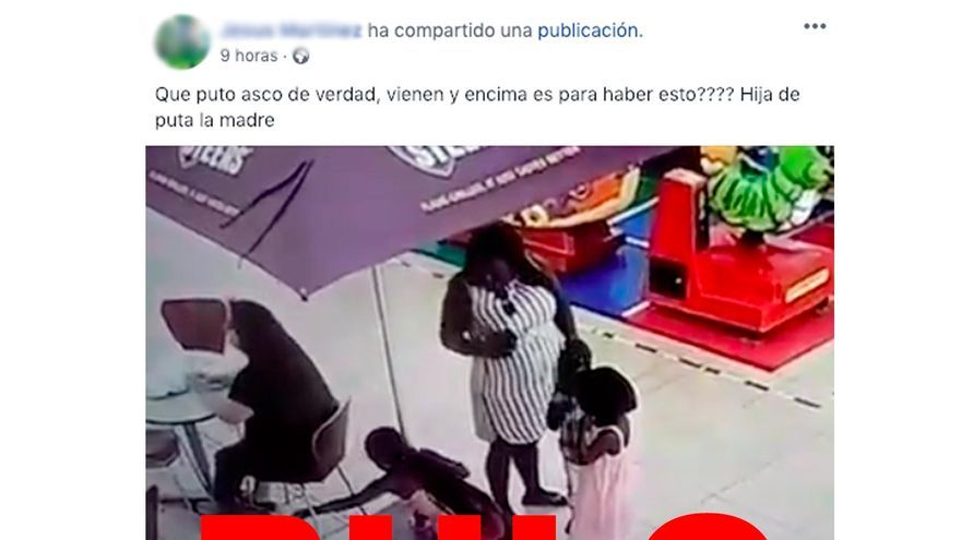 No, en el video de una niña que roba el bolso a una señora en un restaurante no está grabado en España. Sucedió en Sudáfrica.