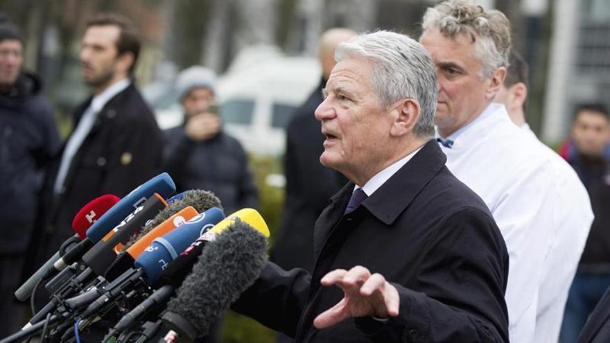 Gauck urge a preservar las actas de la Stasi para las próximas generaciones