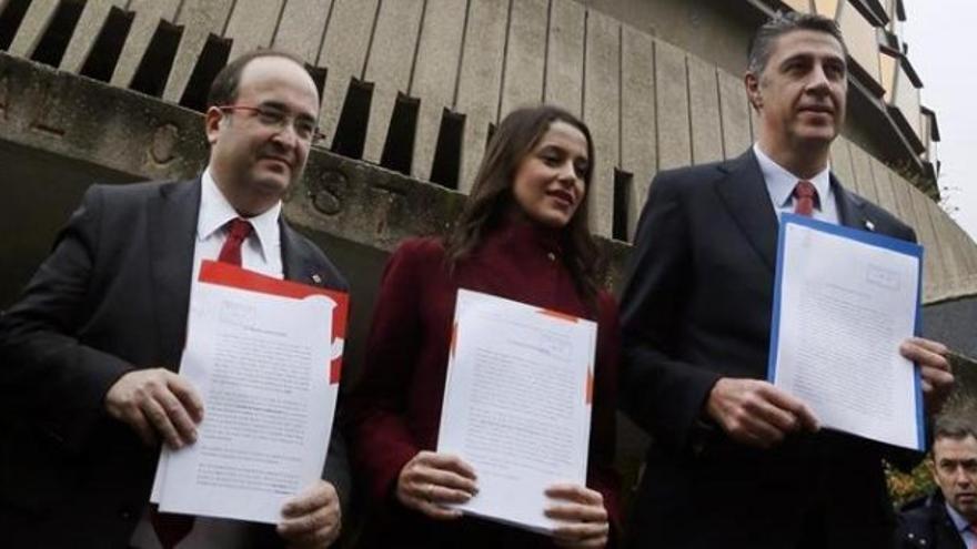 Iceta, Arrimadas y Albiol en el Tribunal Constitucional / EFE