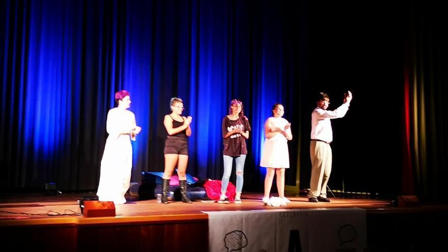 Una actuación de la Escuela Municipal de Teatro de Garafía.