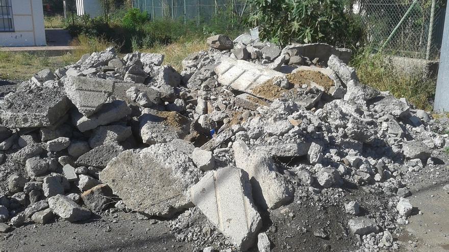 Escombros junto al Cecopin