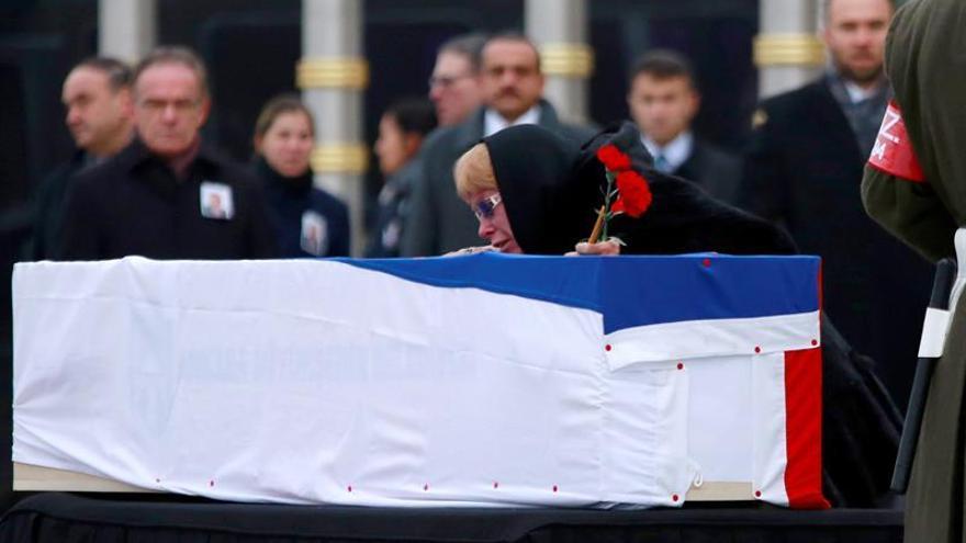 Políticos y diplomáticos despiden al embajador ruso asesinado en Ankara