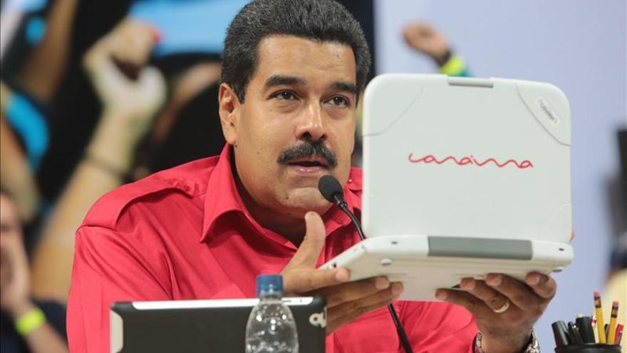 """Maduro espera que la clase media deje el """"odio"""" y se integre a la revolución"""