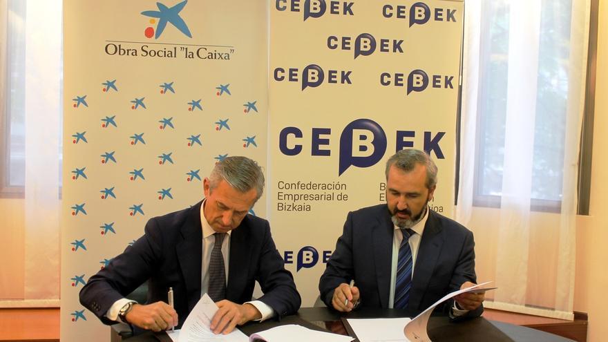 """Cebek y """"la Caixa"""" firman un acuerdo para consolidar 50 jóvenes empresas vascas"""