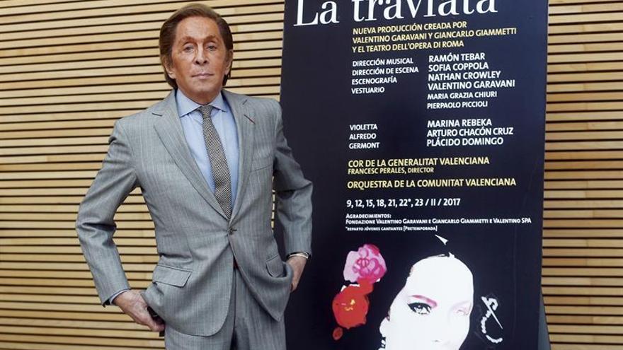 """Una """"Traviata"""" muy colorista llega a Valencia con Plácido Domingo y Valentino"""
