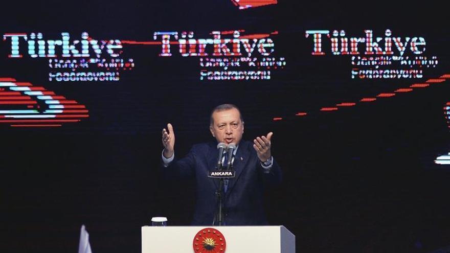 """Turquía acusa a Europa de """"crímenes de guerra"""" por cobijar a """"terroristas"""""""