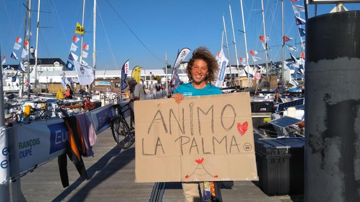 Djemila Tassin muestra su apoyo a La Palma desde Francia.