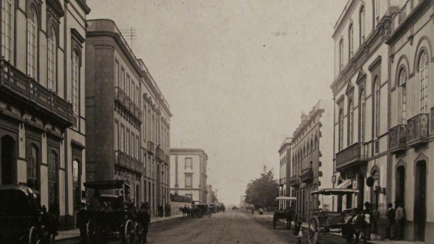 Calle Mayor de Triana en el siglo XX