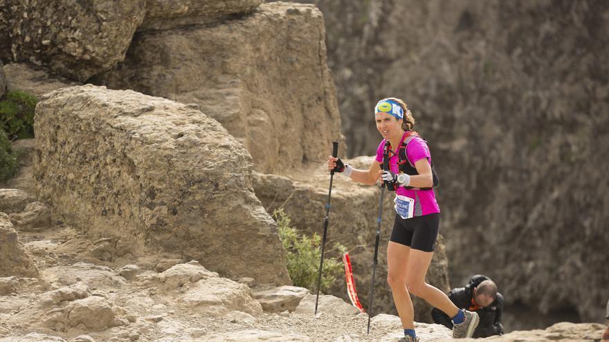 La francesa Caroline Chaverot en el Roque Nublo (The North Face® Transgrancanaria®).