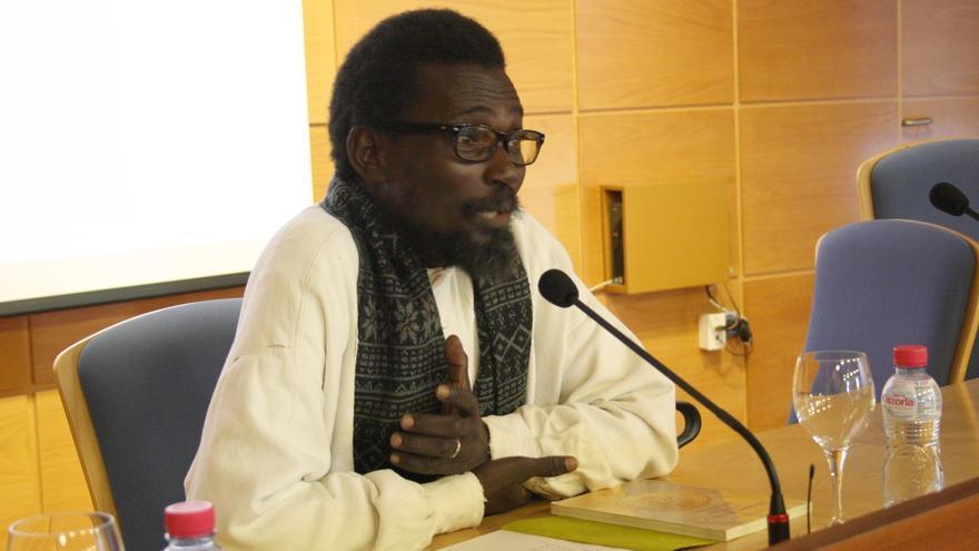 """El historiador Ismael Diadié defiende en la UJA el """"conocimiento"""" como vía contra la intolerancia entre culturas"""