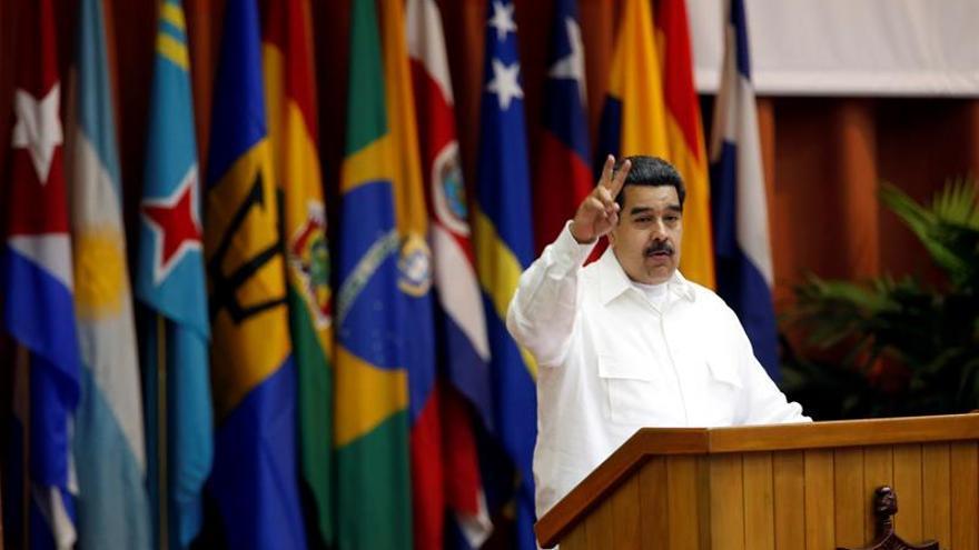 Maduro ordena reforzar planes de protección de la frontera con Colombia