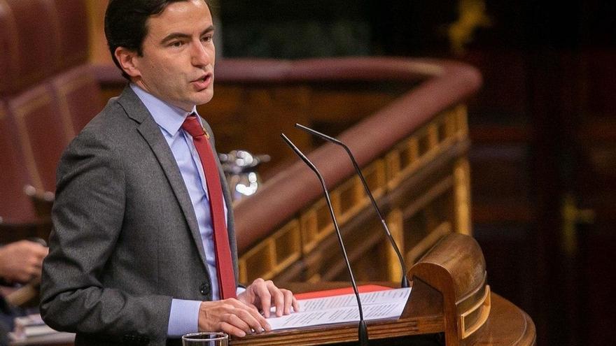 Casares (PSOE) pide acabar con la posibilidad de veto del Senado a la aprobación de los objetivos de estabilidad