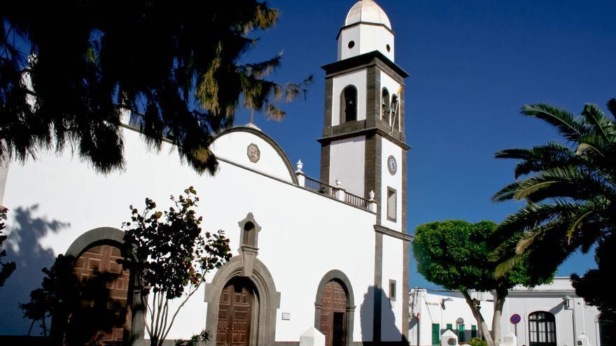 Parroquia de San Ginés, en pleno casco histórico de Arrecife de Lanzarote. VIAJAR AHORA