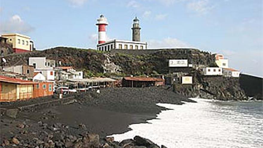 Casas en la playa de El Faro, en Fuencaliente. (KANAREN-VIRTUELL.ES)