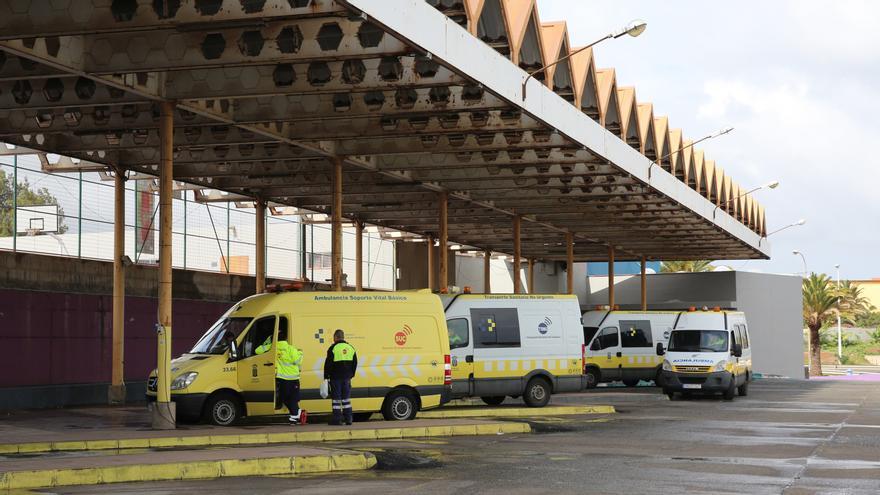 Base de ambulancias situada en la estación de guaguas de Narea, en Telde