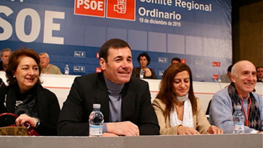 Gómez con Trinidad Rollán